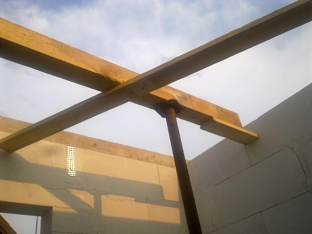 eisenspargel f r die betondecke fast ein friese. Black Bedroom Furniture Sets. Home Design Ideas